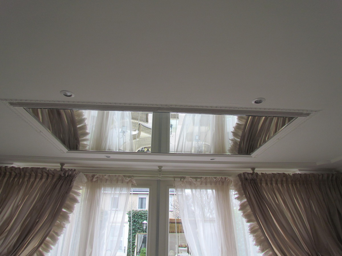 spiegel-in-plafond